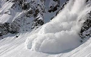 آذربایجان غربی؛ احتمال سقوط بهمن در مهاباد سقوط بهمن, مهاباد, محورهای کوهستانی