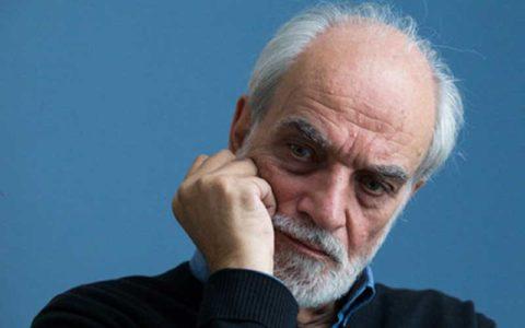آغداشلو: کار هنرمند، سیاسیکاری نیست