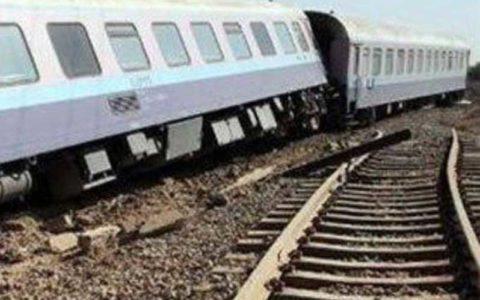 خروج دیزل قطار «زاهدان - تهران» از ریل خسارت جانی نداشت