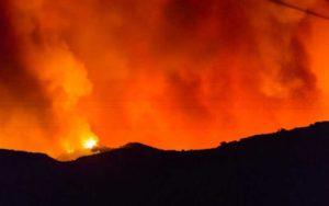 مبارزه با آتشسوزی استرالیا با آتش استرالیا, آتشسوزی