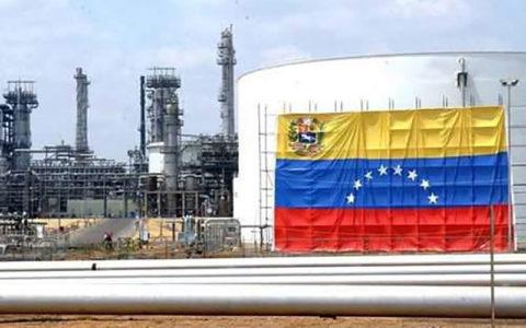 ونزوئلا با وجود تحریم، 4 برابر ایران نفت صادر میکند