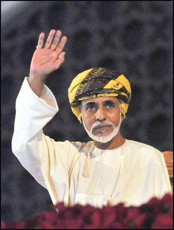 پادشاه عمان در گذشت/ جانشین احتمالی سلطان قابوس کیست؟(فیلم)