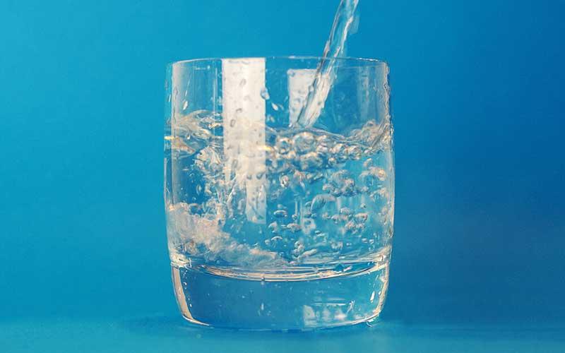 912 نوشیدنی, آب گازدار