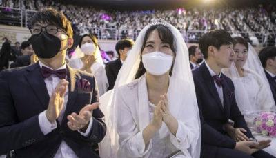 ازدواج دستهجمعی در سایه ویروس کرونا (تصاویر)