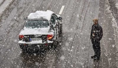 تصادف در بزرگراه آزادگان پس از بارش چند سانتی برف؛ ادعای شهرداری: اقدام لازم انجام شده بود