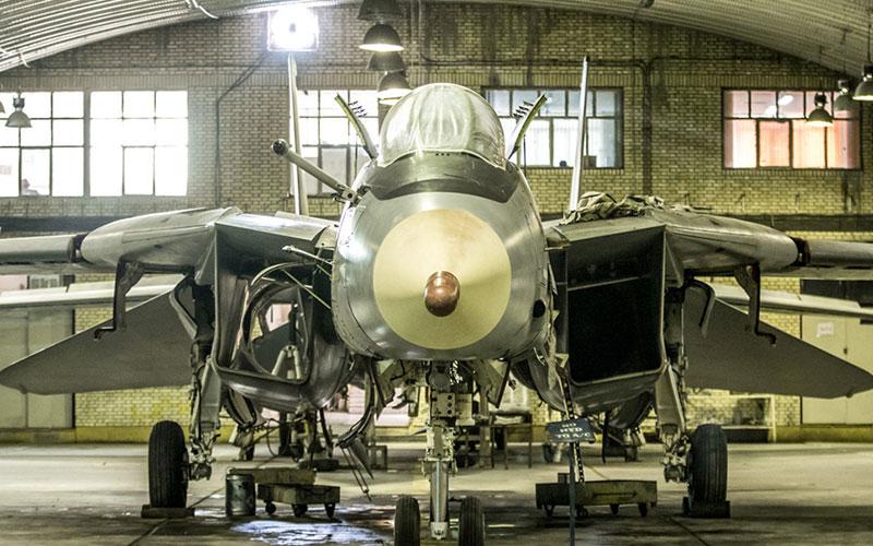 اورِهال جنگنده F-۱۴ (تصاویر)