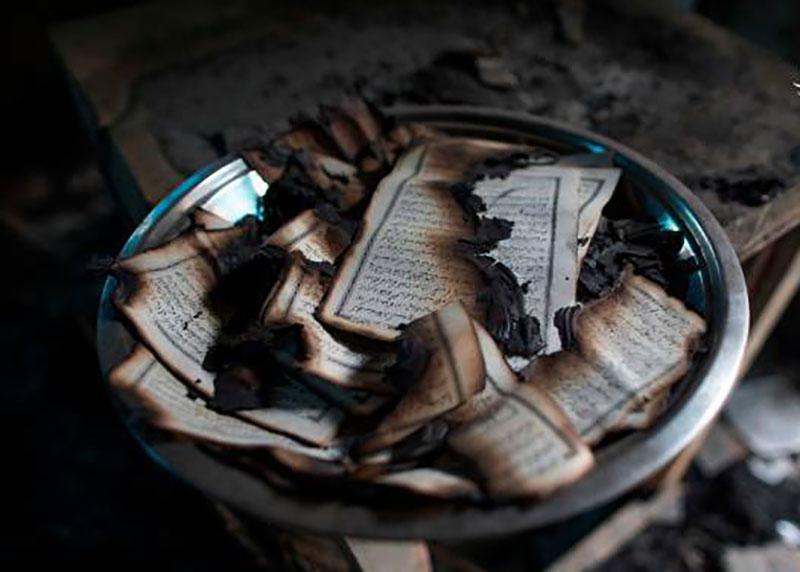 آتش زدن ۹ مسجد و صدها قرآن به دست هندوها (تصاویر)