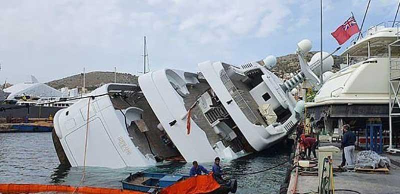 واژگونی کشتی لوکس شاهزاده عربستانی (تصاویر)