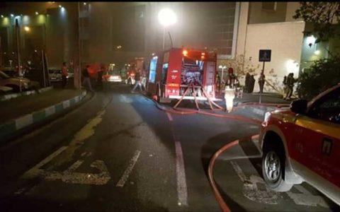 آتشسوزی گسترده در بازار ستارخان تهران