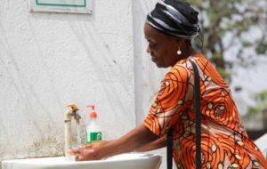 تقسیم امکانات؛ «ونتیلاتور» برای اروپا و «صابون» برای آفریقا!