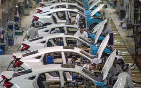 خودروسازان، محصولات خود را گران خواهند کرد؟