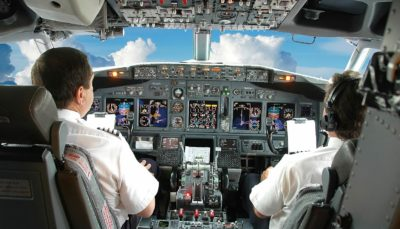 از وظایف خلبان در پروازهای خارجی و داخلی تا خرید بلیط هواپیما