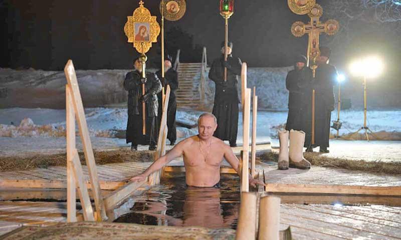 تصاویر زندگی اسرارآمیز ولادیمیر پوتین در ۳۰ قاب