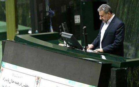 انتقاد تند فلاحت پیشه از علی لاریجانی
