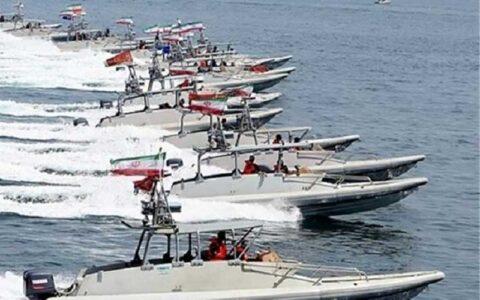 برگزاری مراسم الحاق بیش از ۱۰۰ فروند شناور به نیروی دریایی سپاه با حضور سردار سلامی