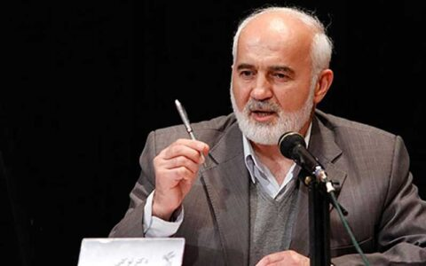 توکلی خطاب به روحانی: برای نجات کشور پیروی از سیاست های لیبرالیستی را کنار بگذارید