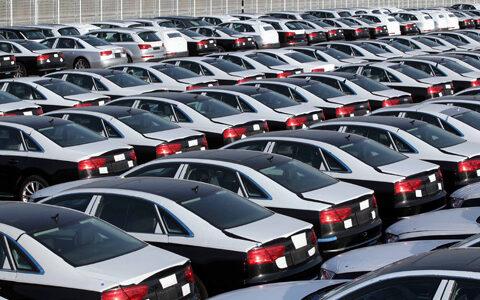 اتمام مهلت ترخیص خودروهای مانده در گمرک