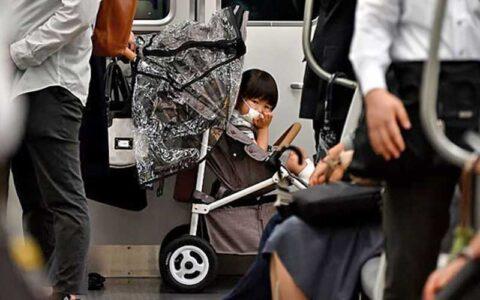 ماسک برای کودکان زیر دو سال «بسیار خطرناک» است