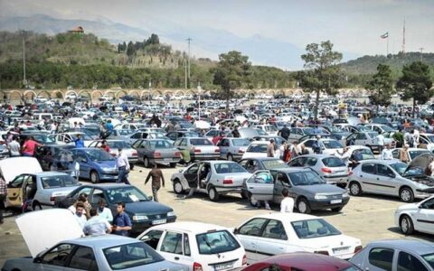 پشتپرده هولناک یک تصمیم؛ پیشفروش خودروسازان قانونی است؟