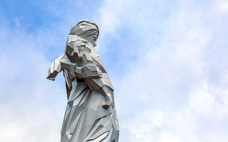 004 مجسمهساز کردستانی, بزرگترین تندیس, جنگ تحمیلی