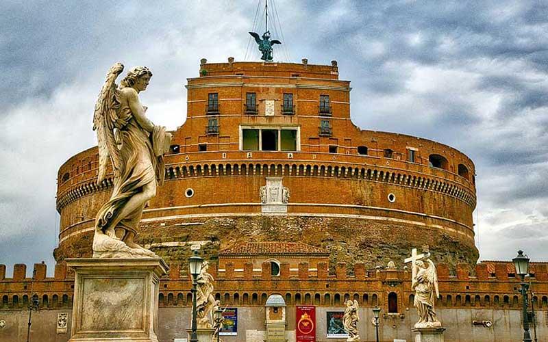 نمادی زیبا از پایان یک بیماری خطرناک در موزه رم/تصاویر