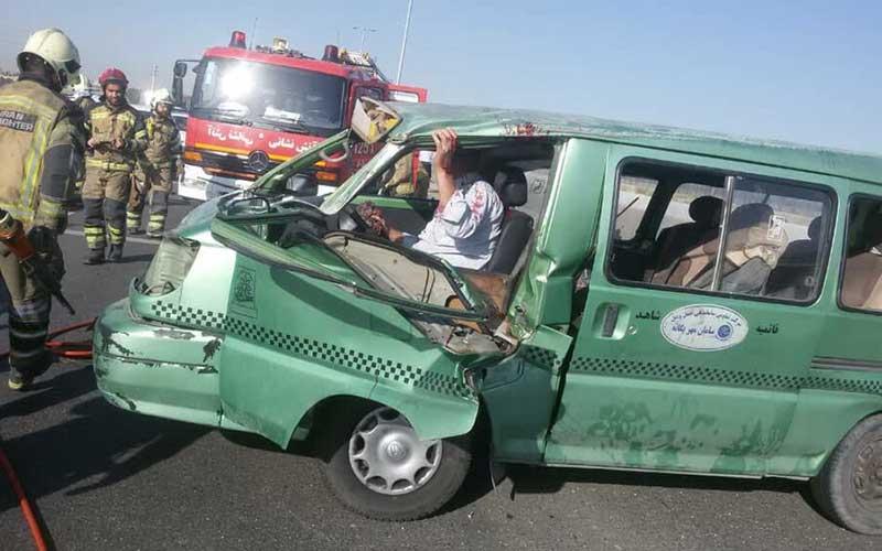 جزئیات تصادف صبح شنبه در اتوبان قم/حادثه ۹ مصدوم داشت