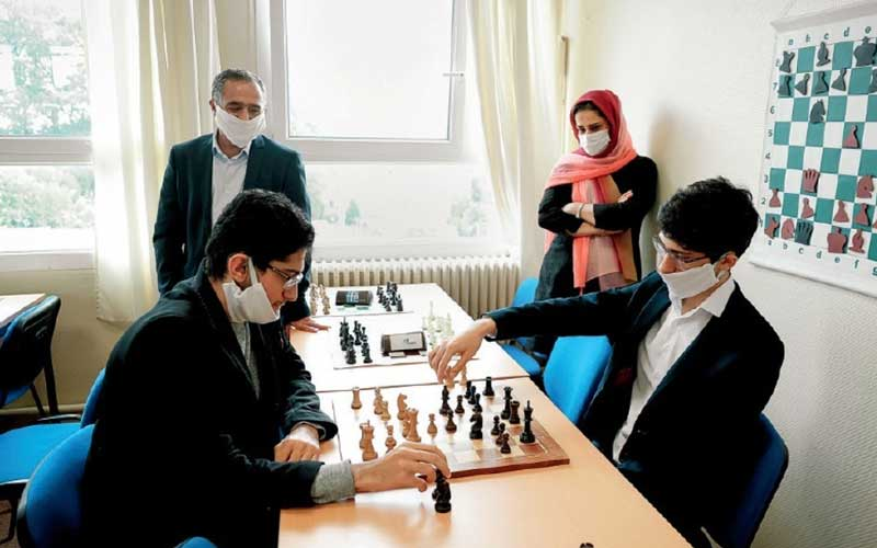علیرضا فیروزجا؛ مارادونا در شهر ناپل! /عکس
