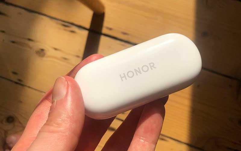 بررسی اولیه ایرباد بیسیم Honor Magic؛ قیمت کم، امکانات مناسب