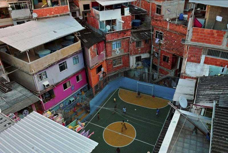 عجیب و غریبترین ورزشگاه و زمینهای فوتبال /تصاویر