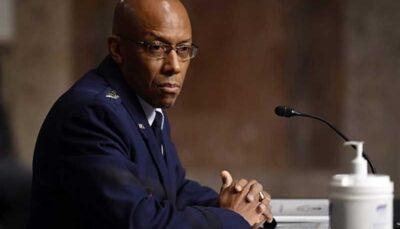 برای نخستین بار یک سیاهپوست رئیس ستاد ارتش آمریکا شد