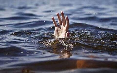 خودکشی 2 زن در پل هفتم رودخانه کارون اهواز / اولین دقایق بامداد امروز آتش نشانان آنان را نجات دادند