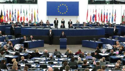 پارلمان اروپا نژادپرستی در آمریکا و اروپا را محکوم کرد