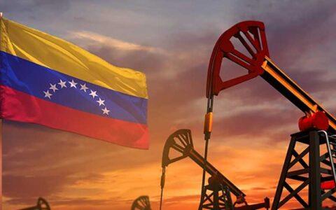 شمار دکلهای نفتی در صاحب بزرگترین ذخایر نفت جهان