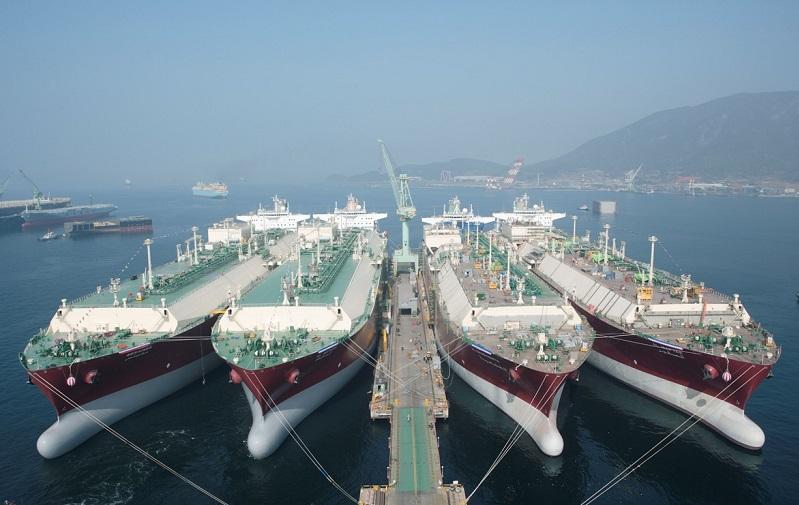 کشتی های هیوندا کشتیرانی ایران تخلف کشتیرانی, اختلاس در کشتی رانی