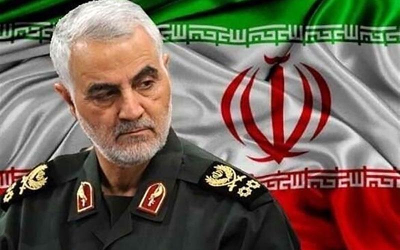 انتقادات تند اردشیر زاهدی از برخی ایرانیان خارج از کشور:فقط یک خائن خواستار حمله نظامیبه ایران است/شرافت ندارید/سردار سلیمانی یک ژنرال تمام عیار است