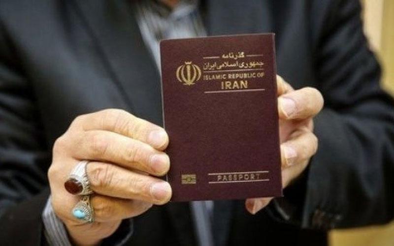 عزتی که قرار بود به پاسپورت ایرانی برگردد، چه شد؟