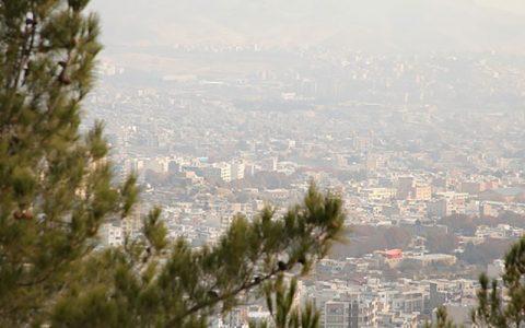 جولان ازن در هوای پایتخت/آلودگی هوا دست از سر تهران بر نمیدارد