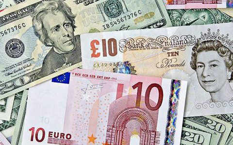 دلار همچنان در کانال ۲۰ هزار تومان/ جدیدترین قیمت ارزها در ۵ مرداد ۹۹