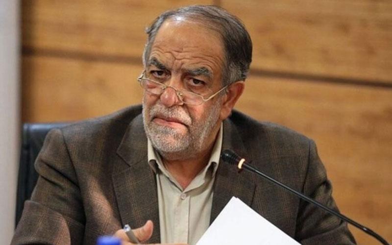 رئیسجمهور استیضاح نمیشود؛ نمایندگان تنها حرف میزنند /در ایران رقبا یک نفس با رئیسجمهور پیروز مقابله میکنند تا او را از پا بیندازند