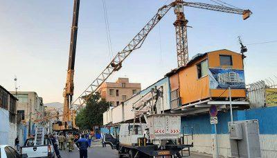 سقوط وحشتناک جرثقیل روی کابل های فشار قوی برق جاده مخصوص کرج, غرب تهران, سقوط جرثقیل تاورکرین