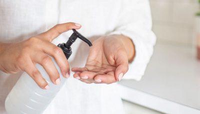 ضرورت ضدعفونیکردن دستها پس از استفاده از اسکناس