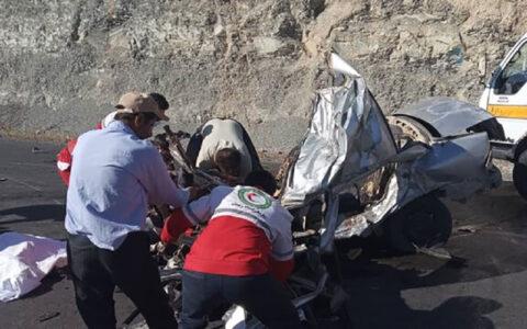 مرگ پدر و مادر و ۲ فرزند در تصادف / سمند له شد
