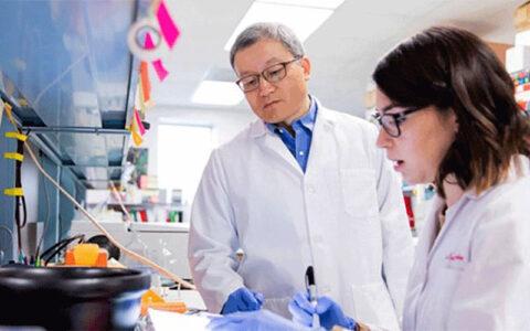 واکسن ضدکرونای آمریکا موفق عمل کرد واکسن COVID-19, شرکت آمریکایی مدرنا, بیماریهای عفونی