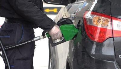 کرونا در پمپ بنزین ها جا خوش کرده است سوختگیری, پمپ بنزین, متقاضیان سوخت