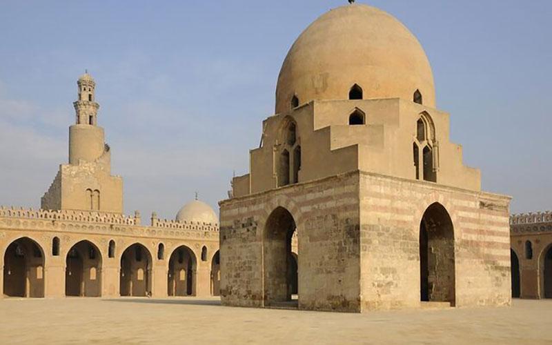 104 2 مساجد, گردهمایی مسلمانان