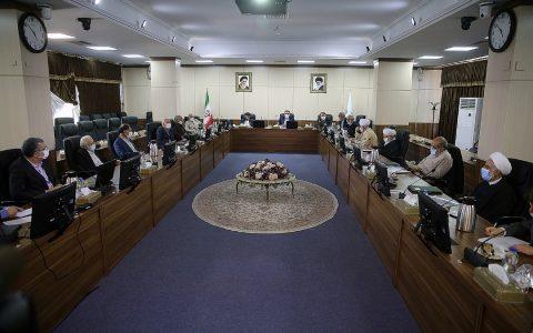 گزارش وزیر اقتصاد به هیئت عالی نظارت مجمع