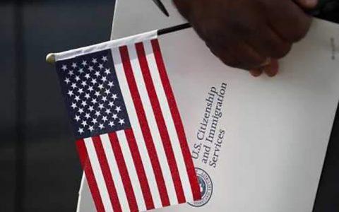 برخی آمریکاییها از خیر شهروندی کشور خود گذشتهاند آمریکا, حق شهروندی