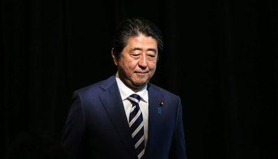 شینزو آبه از سمتش کنارهگیری میکند