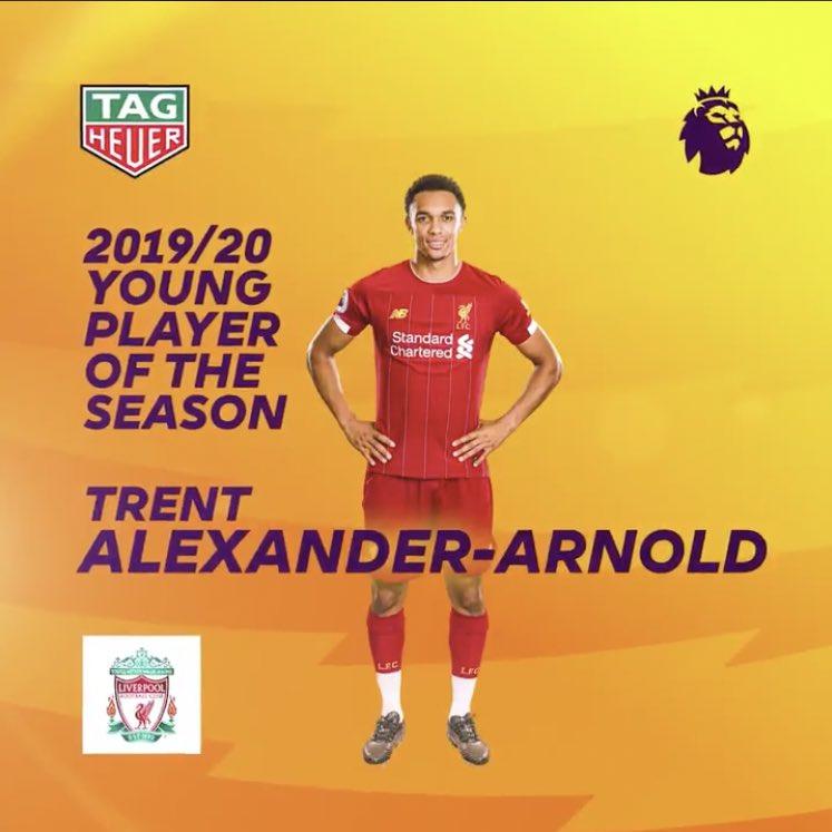 آرنولد بهترین بازیکن جوان فصل لیگ برتر انگلیس شد