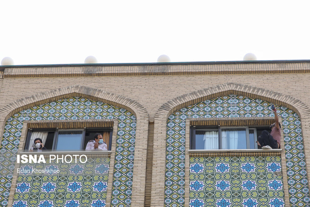 resized 735617 872 خودکشی, هتل فردوسی تهران